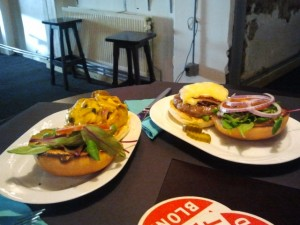 eten-pool-poolen-hamburgers-rotterdam