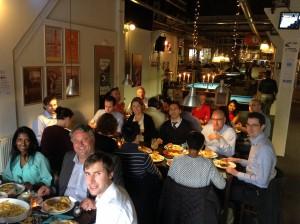 poolen-in-rotterdam-eten-teamuitje-groepsuitje-bedrijfsuitje